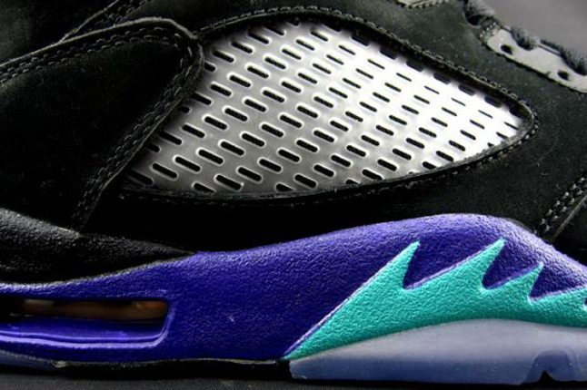 Air Jordan 5 V black aqua midfoot