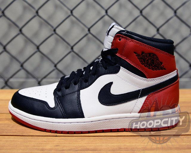 Air Jordan 1 BlackToe 2013