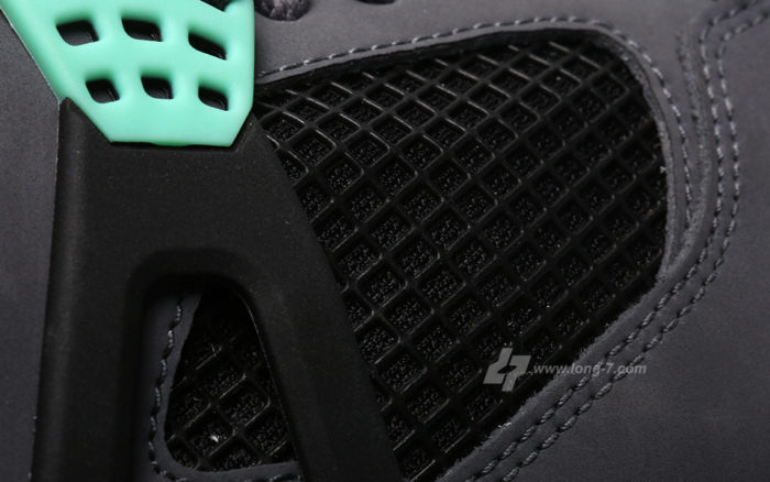 Air Jordan 4 Green Glow detail