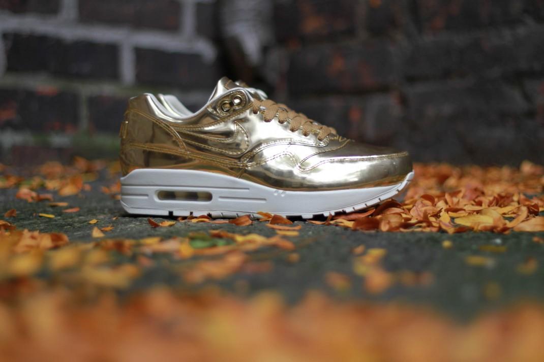 Nike Air Max 1 SP liquid metal