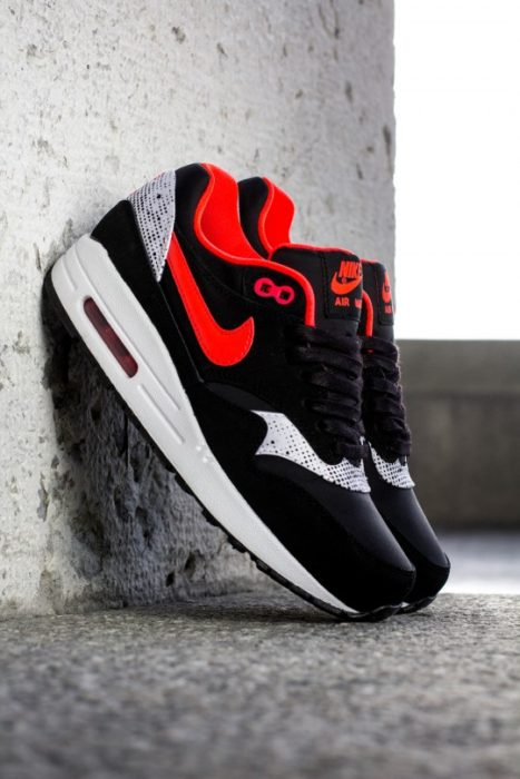Nike-AirMax1-Valentine-Day