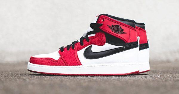 Air Jordan 1 KO Chicago