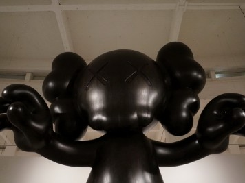 Expo kaws final days malaga