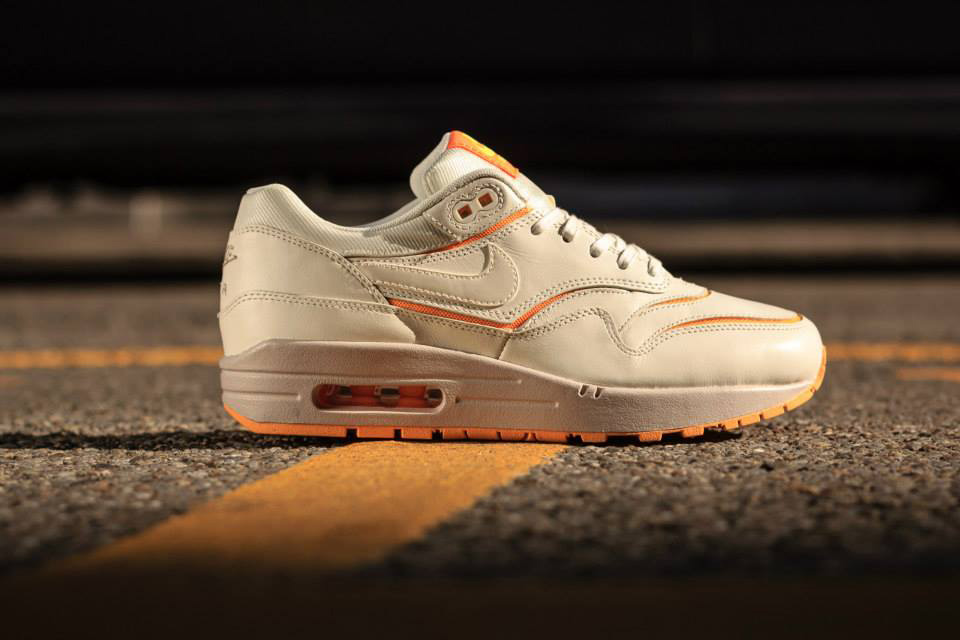 Nike Air Max 1 Cut Out PRM Sail Atomic Mango