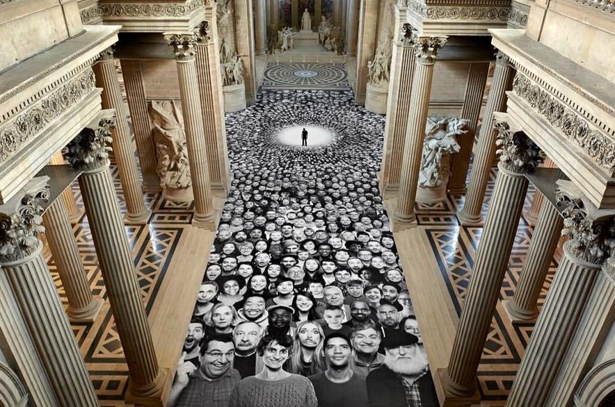 Au Pantheon JR