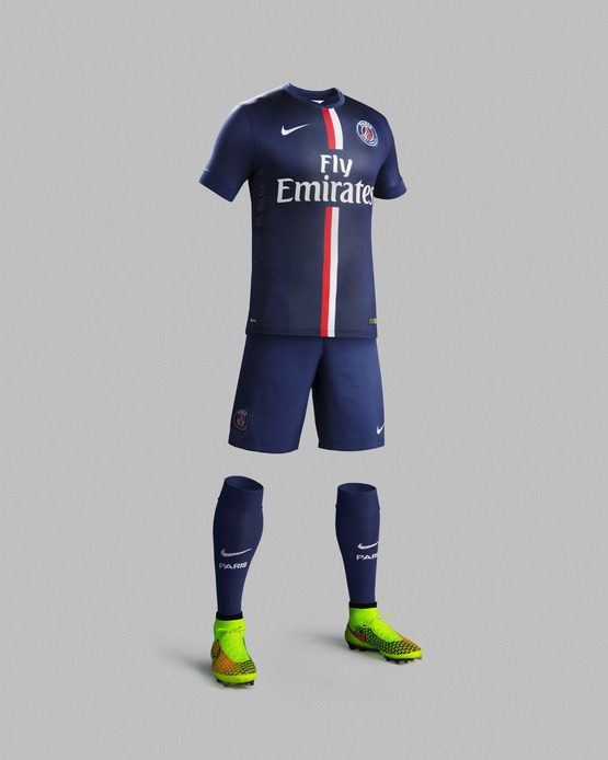 Home Kit Nike PSG season2014-15