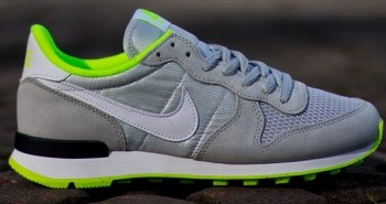 Nike Air Internationalist Wmns Light Ash Grey