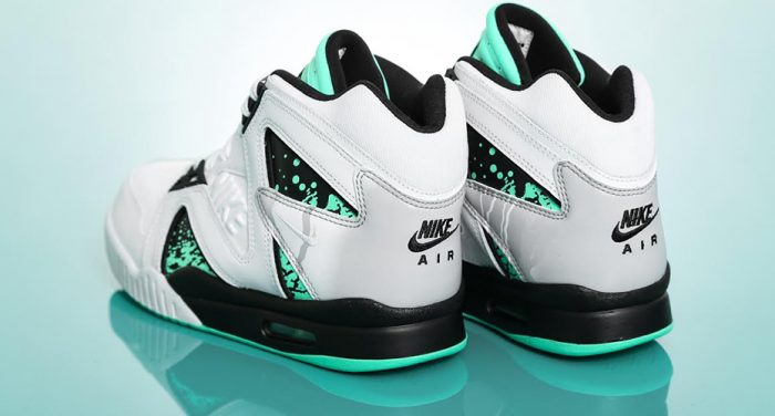 basket Nike Air Tech Challenge Hybrid QS Green Glow