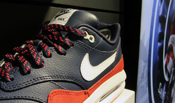 Details Air Max 1 PSG au Studio NikeiD Paris