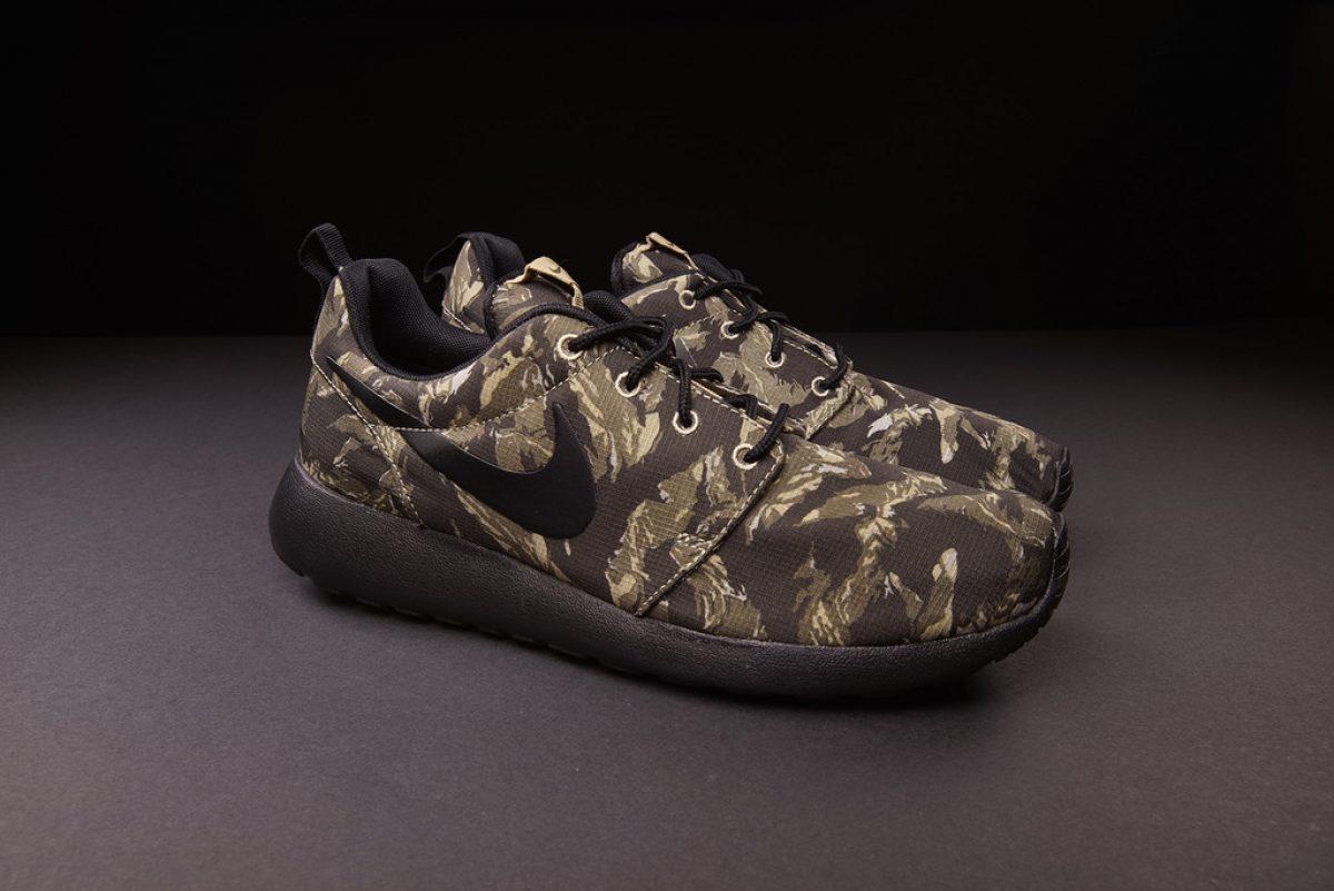 "Nike Roshe Run Print ""Tiger Camo"" | Sneak art"