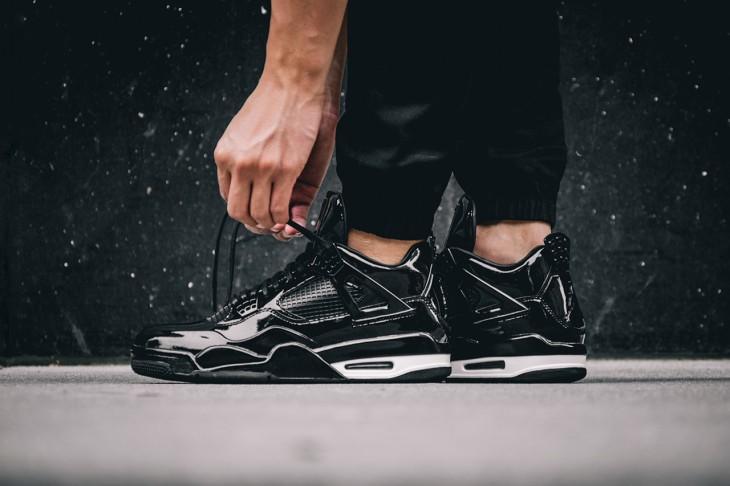 Air Jordan 11LAB4 Black White