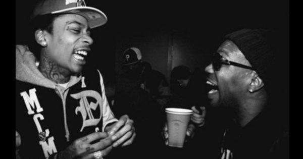 Juicy J - For Everybody Feat Wiz Khalifa