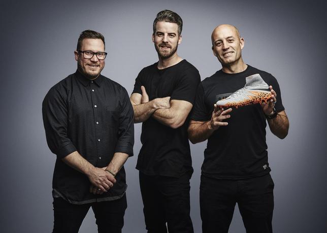 Les designers de la chaussure football nike hypervenom II