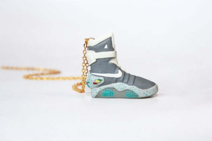 Sneaker Necklace Nike Air Mag