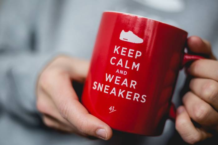 Mug Keep Calm and Wear Sneakers