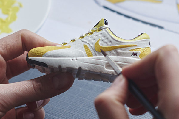 Miniature Nike Air Max Zero Yellow - Mini Sneakers Collectible