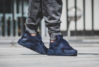 "Nike Air Huarache ""Midnight Navy"""