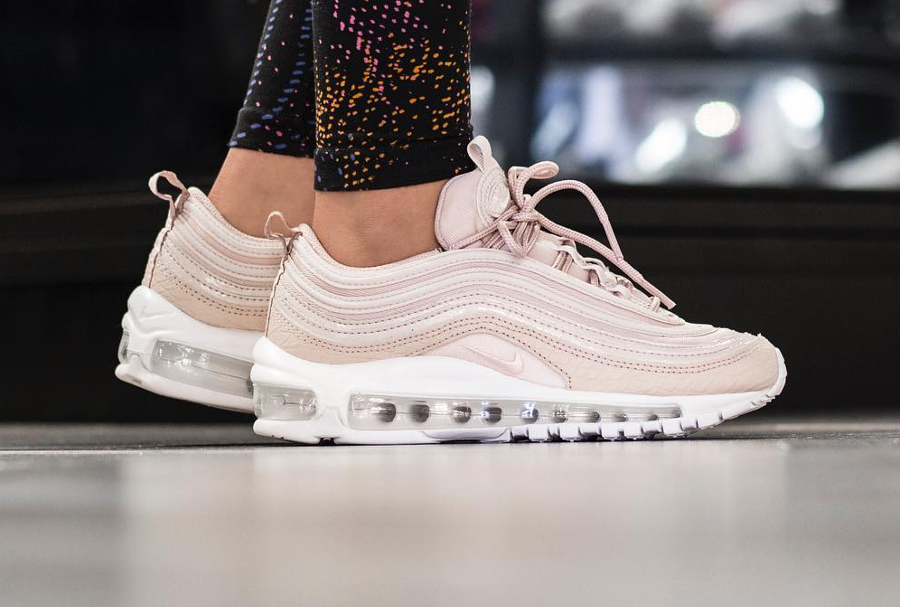 Nike Air Max 97 Baskets Gris et rose