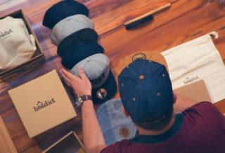 Personnalisez votre casquette SnapBack avec Headict