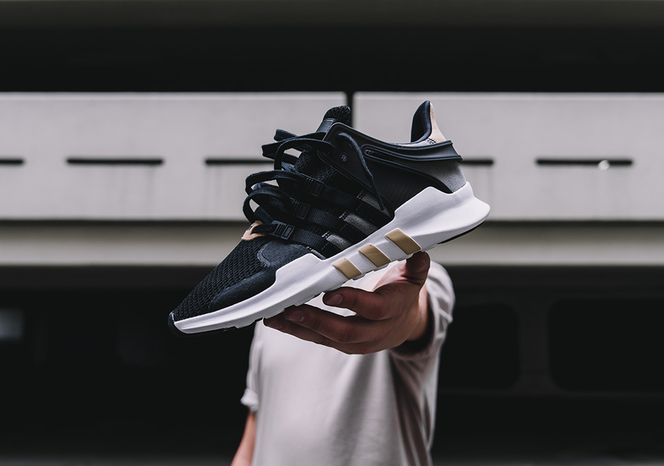 Foot Locker dévoile une collection de Sneakers Black and Sand