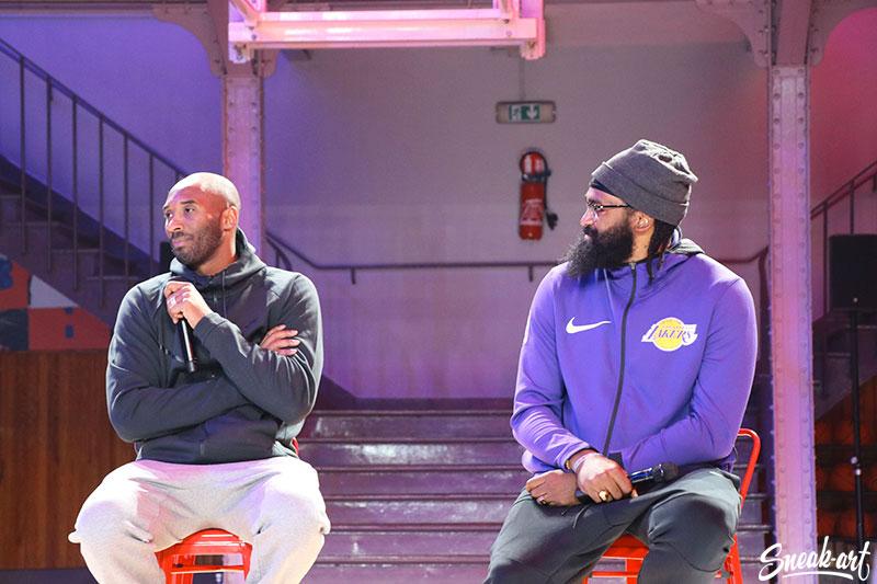 Kobe Bryant au Quartier en présence de son ami, le joueur Ronny Turiaf