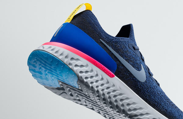 Nike Epic React Flyknit Photo