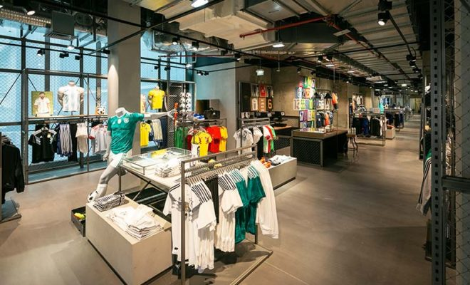 Boutique-Adidas-Paris-LaDefense-6711