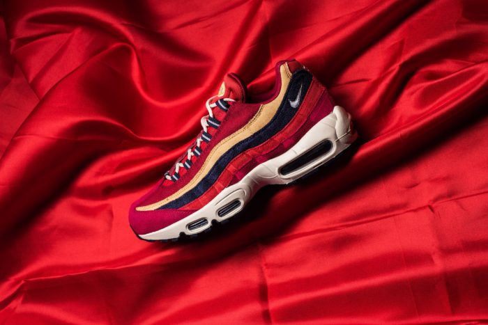 Nike Air Max 95 premium Red Crush Wheat Gold 538416-603