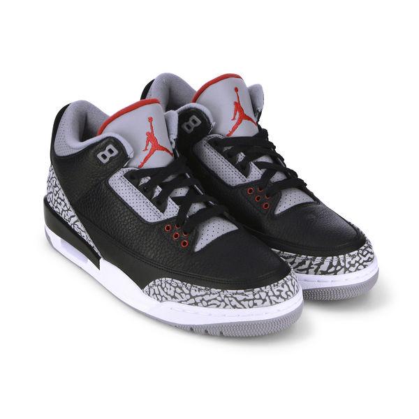 Soldes Sneakers Courir Air Jordan 3 Cement