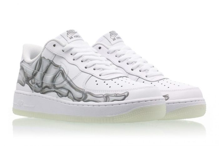 Nike Air Force 1 Skeleton Glow in the dark