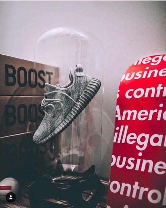 Sneaker Display idée cadeaux sneakers addict