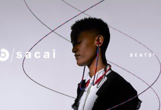 Beats by Dre et SACAI devoilent des ecouteurs avec un design perle
